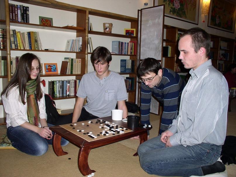 Владимир Коломоец на встрече в чайном клубе, Воронеж